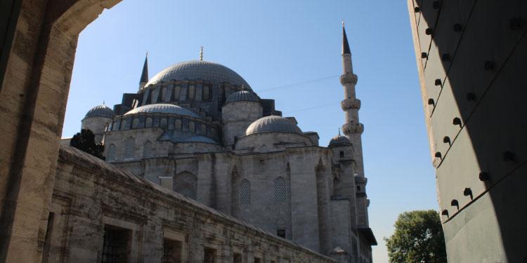 Fatih camii, istandulda gezilmesi gereken yerler